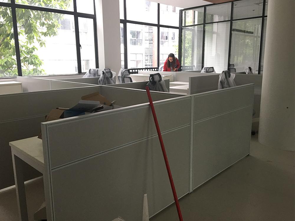 订制屏风办公桌